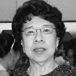Gloria Lim
