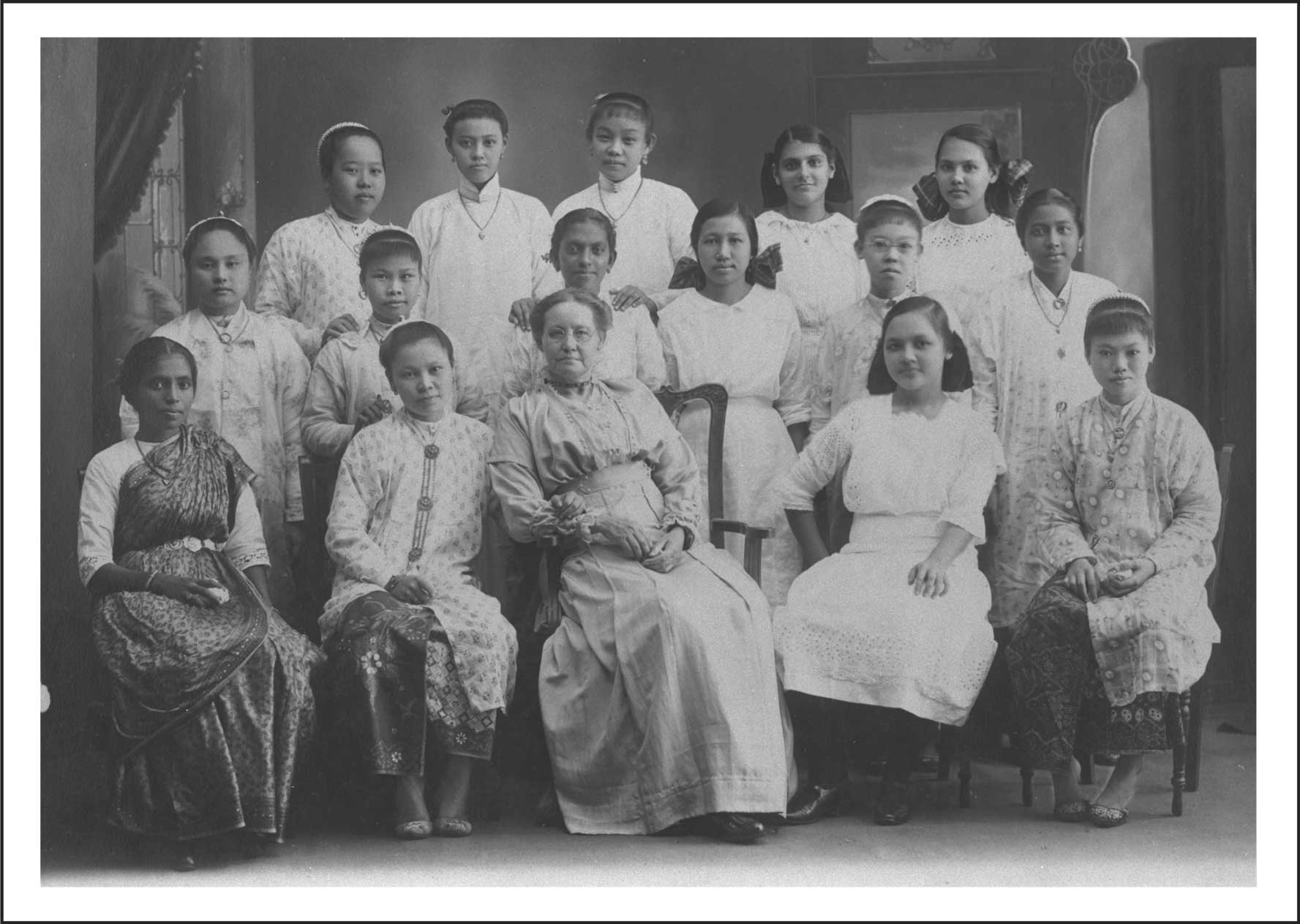 Sophia Blackmore with students of Methodist Girls' School<br>Photo Courtesy of Lee Hin Ming Collection, courtesy of National Archives of Singapore